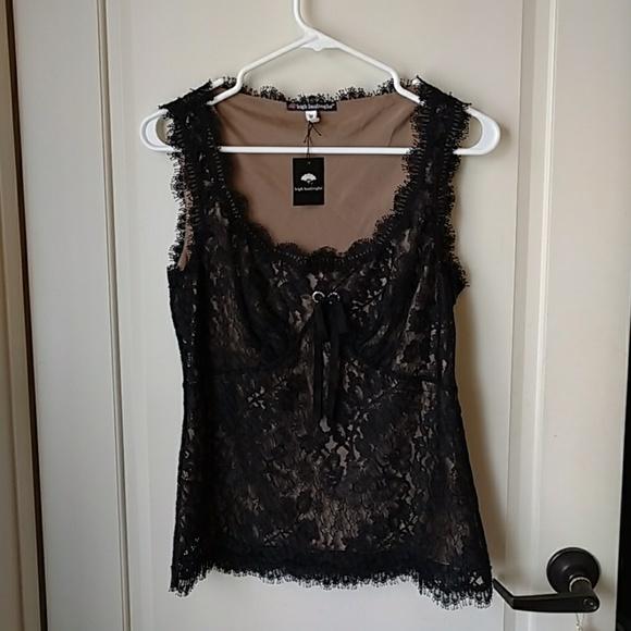 8b1f9d690333c2 Leigh Bantivoglio lace silk blouse tank top M